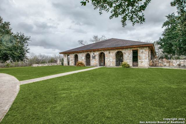 769 Karnes St, Kenedy, TX 78119 (MLS #1505400) :: Tom White Group