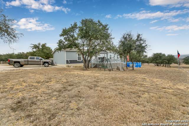 265 River Rd, Utopia, TX 78884 (MLS #1505424) :: 2Halls Property Team | Berkshire Hathaway HomeServices PenFed Realty