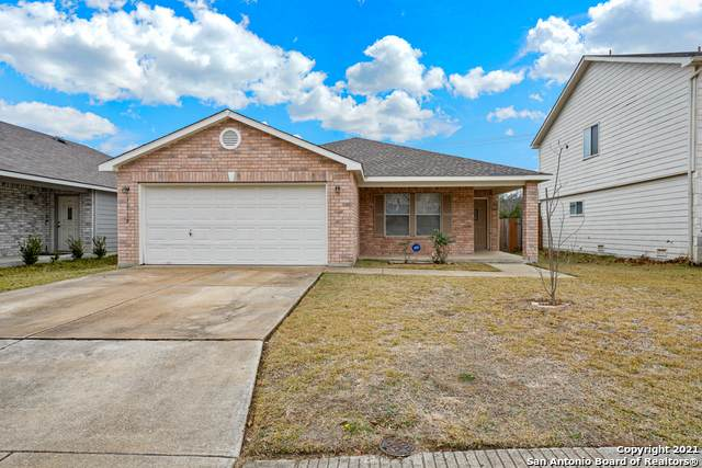 12119 Ranchwell Cove, San Antonio, TX 78249 (MLS #1505597) :: 2Halls Property Team | Berkshire Hathaway HomeServices PenFed Realty