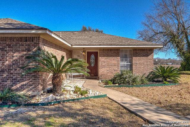 926 Lower La Coste Rd, Castroville, TX 78009 (MLS #1505618) :: Exquisite Properties, LLC