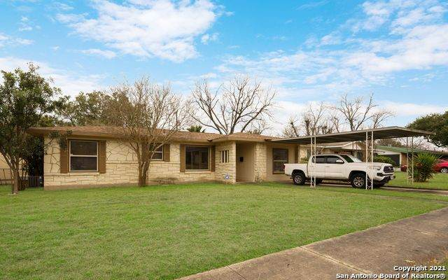 330 Lemur Dr, San Antonio, TX 78213 (MLS #1505623) :: 2Halls Property Team | Berkshire Hathaway HomeServices PenFed Realty