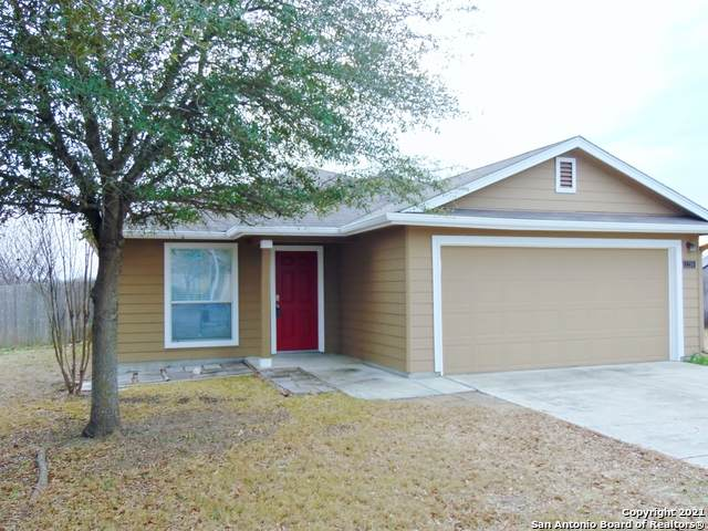 2250 Whispering Way, New Braunfels, TX 78130 (MLS #1505649) :: The Glover Homes & Land Group