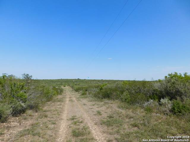 999 County Road 6753, Devine, TX 78016 (MLS #1505738) :: Vivid Realty
