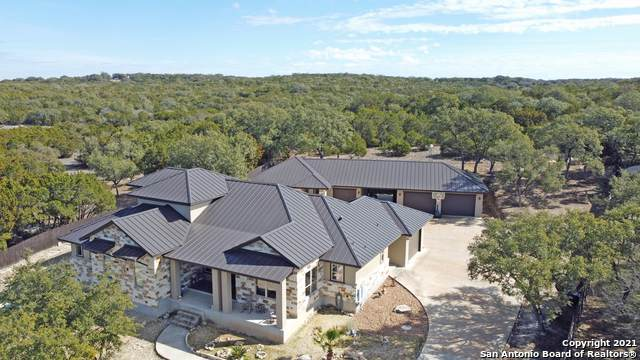 1070 Long Meadow, Spring Branch, TX 78070 (MLS #1505880) :: The Gradiz Group