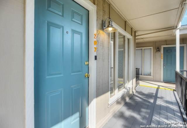 255 E Rampart Dr #207, San Antonio, TX 78216 (MLS #1506133) :: The Mullen Group | RE/MAX Access