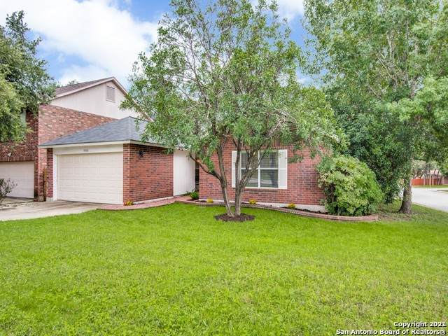 9598 Cantura Crest, San Antonio, TX 78250 (MLS #1506176) :: JP & Associates Realtors