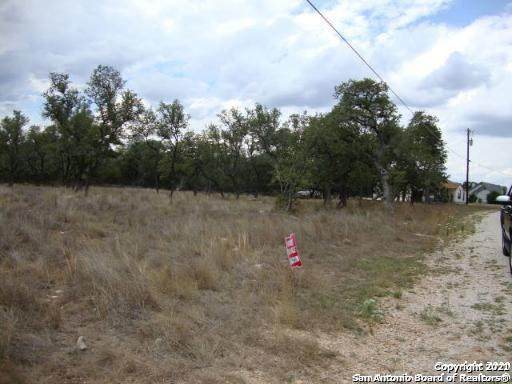 LOT 138 Palomino Springs, Bandera, TX 78003 (MLS #1506187) :: The Gradiz Group
