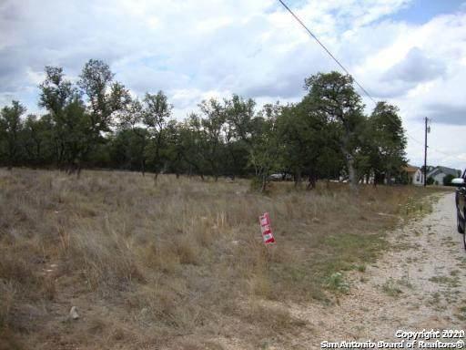 LOT 138 Palomino Springs, Bandera, TX 78003 (MLS #1506187) :: Tom White Group