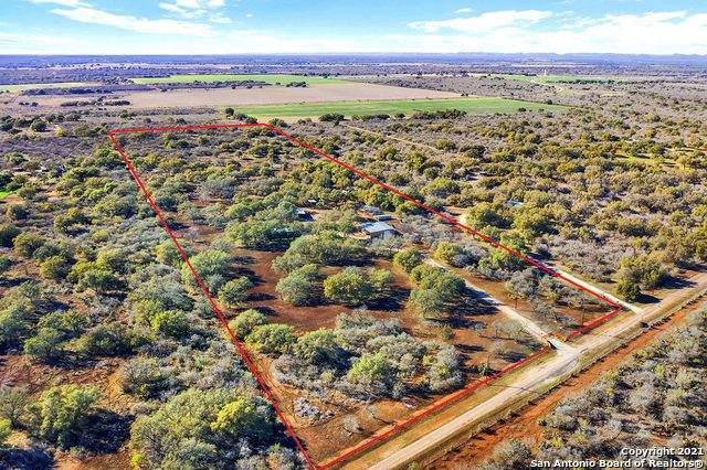 317 Cr 4314, Hondo, TX 78861 (MLS #1506310) :: The Real Estate Jesus Team