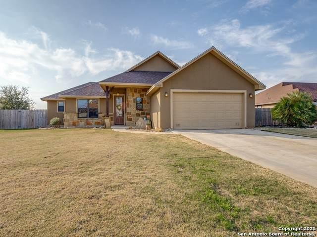1839 Vista View Dr, Pleasanton, TX 78064 (MLS #1506349) :: The Gradiz Group