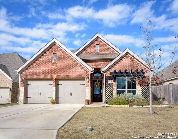 2032 Glen Hollow, Seguin, TX 78155 (MLS #1506576) :: Sheri Bailey Realtor