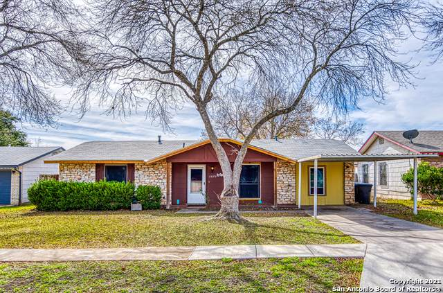 5870 Castle Hunt, San Antonio, TX 78218 (MLS #1506585) :: Concierge Realty of SA