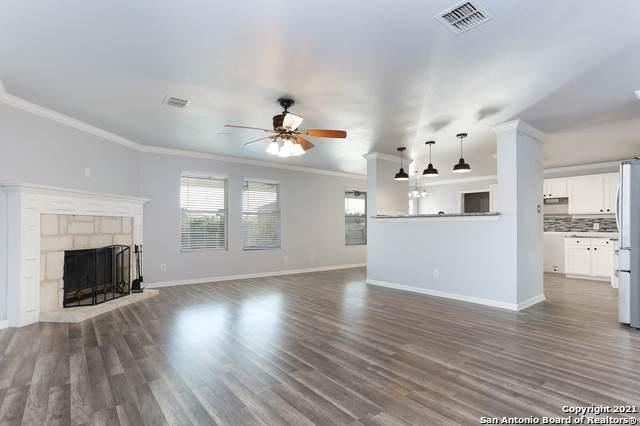 24203 Hideout Ranch, San Antonio, TX 78261 (MLS #1506650) :: Sheri Bailey Realtor