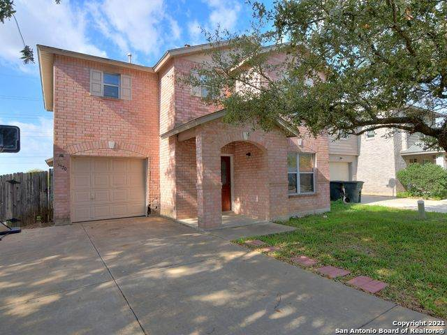 3920 Cherokee Blvd, New Braunfels, TX 78132 (MLS #1507038) :: The Gradiz Group