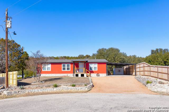102 David Ave, Ingram, TX 78025 (MLS #1507044) :: The Gradiz Group