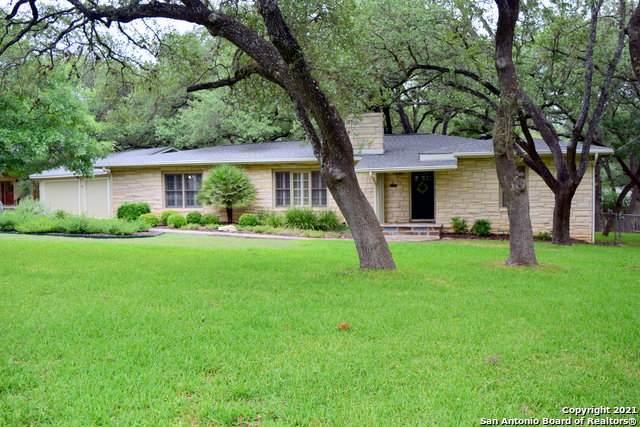 304 S Manton Ln, Castle Hills, TX 78213 (MLS #1507087) :: Santos and Sandberg