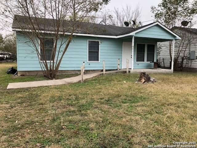 1317 Nueces St, Kenedy, TX 78119 (MLS #1507162) :: Vivid Realty