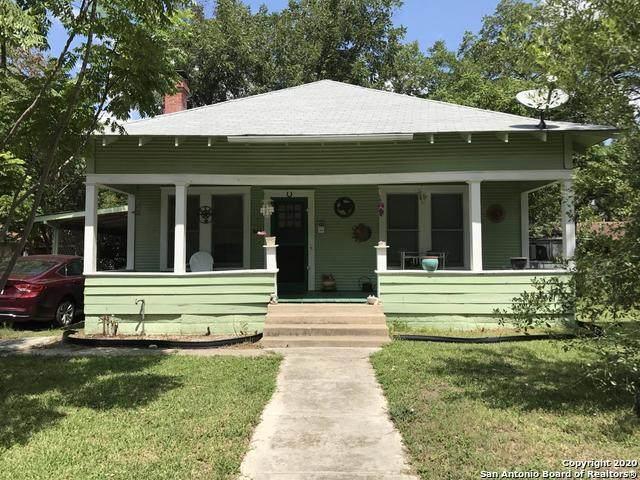 410 Bismark St, Seguin, TX 78155 (MLS #1507425) :: Vivid Realty