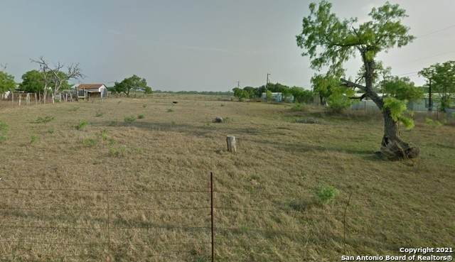 8440 James St, Somerset, TX 78069 (MLS #1507494) :: Real Estate by Design