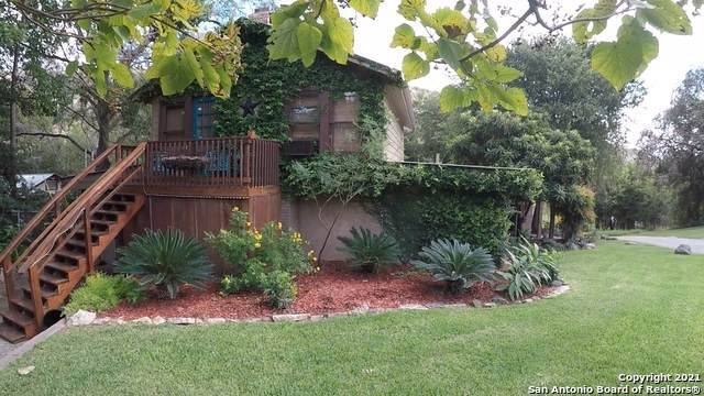 8570 River Rd, New Braunfels, TX 78132 (MLS #1507560) :: The Lugo Group
