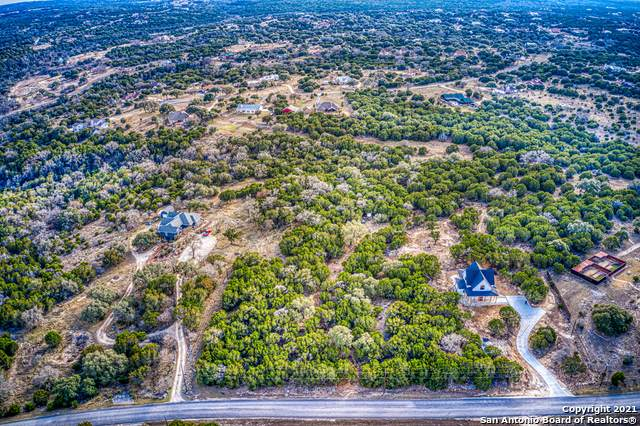 111 Spring Valley Cove, Boerne, TX 78006 (MLS #1507714) :: The Real Estate Jesus Team