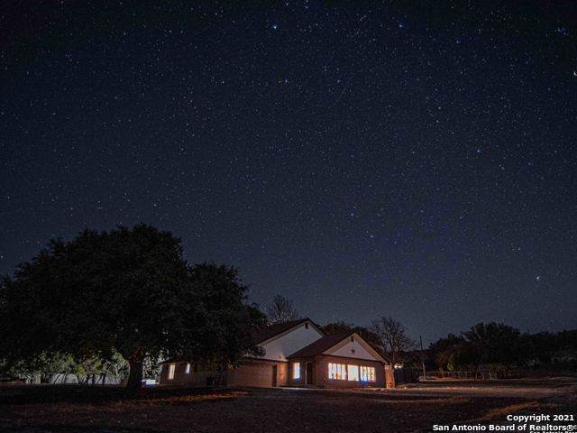 585 Witt Rd, Center Point, TX 78010 (MLS #1507794) :: Sheri Bailey Realtor