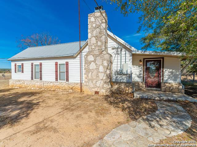 10110 Fritz, London, TX 76854 (MLS #1507857) :: EXP Realty