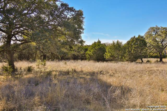 LOT 4 Sunriver, Boerne, TX 78006 (MLS #1507922) :: Real Estate by Design