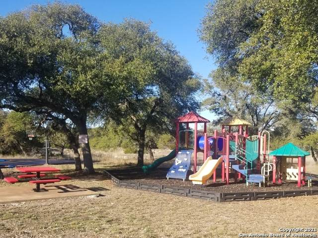172 Restless Wind, Spring Branch, TX 78070 (MLS #1507951) :: Vivid Realty