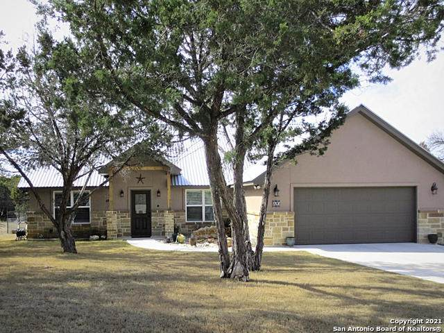 920 Heinen Rd, Bandera, TX 78003 (MLS #1507958) :: Berkshire Hathaway HomeServices Don Johnson, REALTORS®