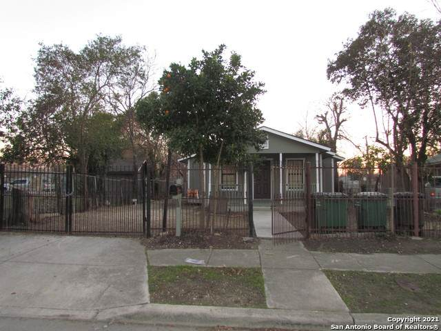 3210 Morales St, San Antonio, TX 78207 (MLS #1508054) :: The Gradiz Group