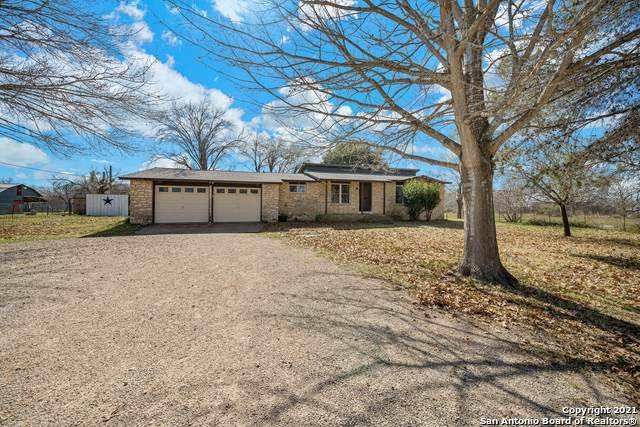 2270 Tumlinson Rd, Pleasanton, TX 78064 (MLS #1508372) :: The Mullen Group | RE/MAX Access