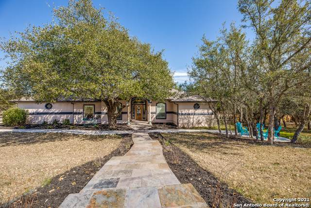 1011 Silent Hollow, San Antonio, TX 78260 (MLS #1508408) :: 2Halls Property Team | Berkshire Hathaway HomeServices PenFed Realty