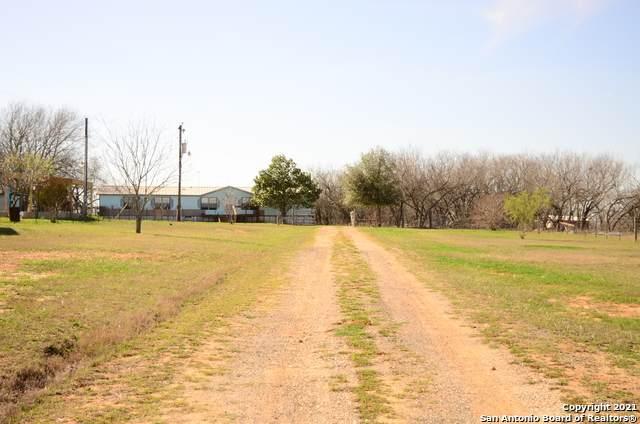 482 Schneider Rd, Seguin, TX 78155 (MLS #1508510) :: Neal & Neal Team