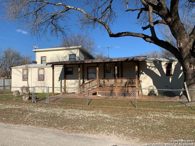 161 Water St, Pipe Creek, TX 78063 (MLS #1508620) :: ForSaleSanAntonioHomes.com