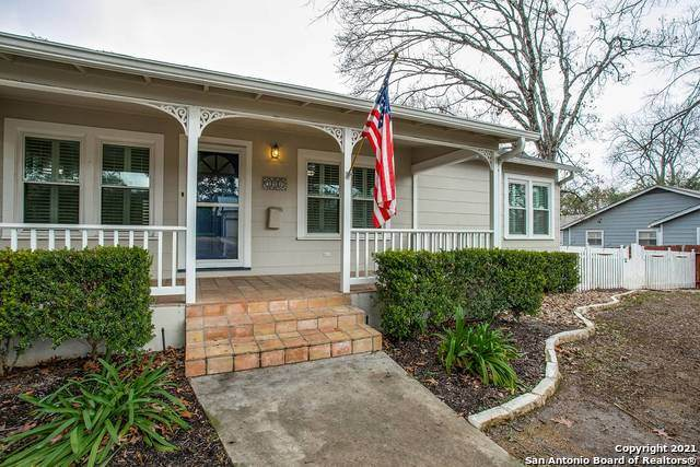 221 E Edgewood Pl, Alamo Heights, TX 78209 (MLS #1508768) :: Vivid Realty