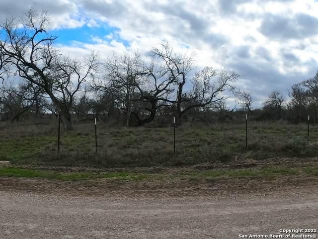 TBD Francisco Rd, Devine, TX 78016 (MLS #1508865) :: Real Estate by Design