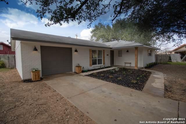 1120 Maia St, Pleasanton, TX 78064 (MLS #1509062) :: Williams Realty & Ranches, LLC