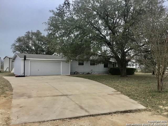 4660 Lane Dr, China Grove, TX 78263 (MLS #1509167) :: Berkshire Hathaway HomeServices Don Johnson, REALTORS®