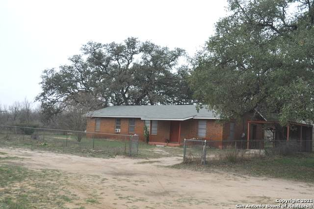 2547 W Fm 2200, Devine, TX 78016 (MLS #1509222) :: Keller Williams City View