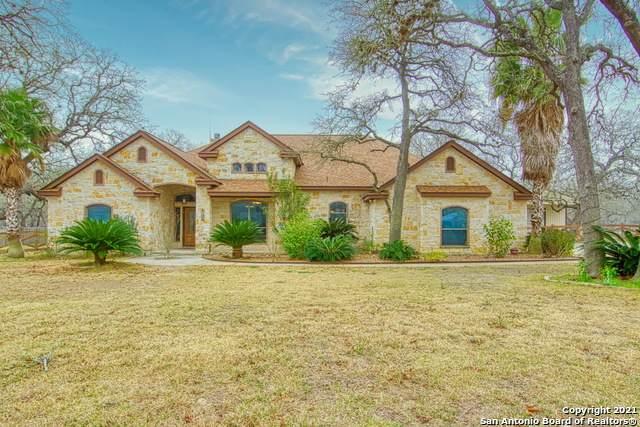 120 Legacy Trace, La Vernia, TX 78121 (MLS #1509297) :: The Castillo Group