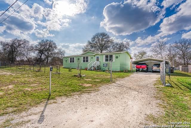 22803 Black Cherry, Elmendorf, TX 78112 (MLS #1509305) :: Keller Williams City View