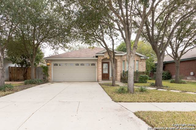 9108 Hampton Hills, Selma, TX 78154 (MLS #1509332) :: The Glover Homes & Land Group