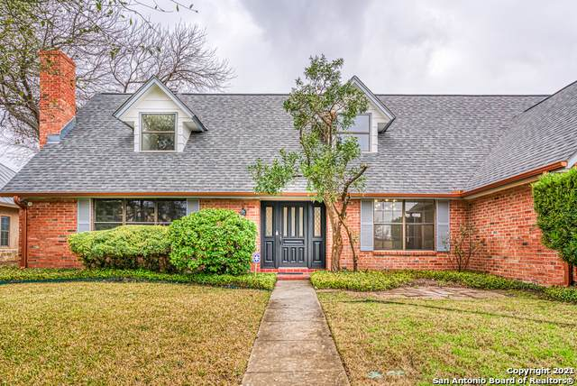 7715 Robin Rest Dr, San Antonio, TX 78209 (MLS #1509344) :: The Gradiz Group