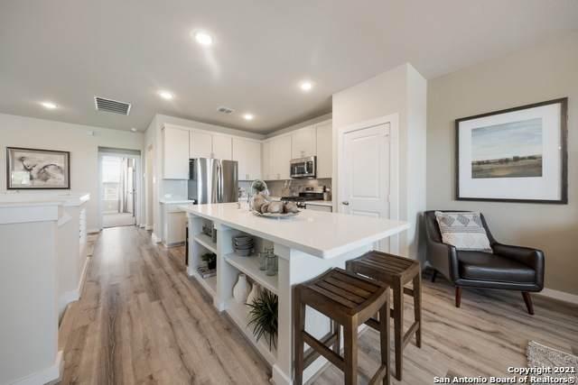 14818 Maverick Ave, San Antonio, TX 78217 (MLS #1509440) :: Vivid Realty