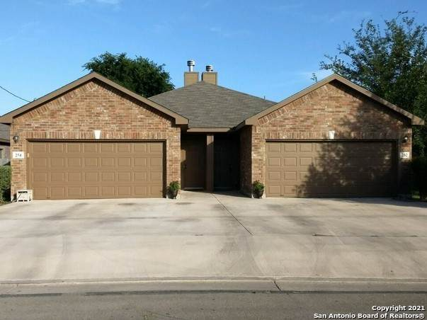 252 Rosalie Dr, New Braunfels, TX 78130 (MLS #1509460) :: Berkshire Hathaway HomeServices Don Johnson, REALTORS®