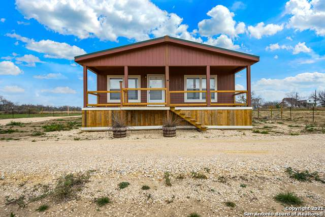 245 Maravillas Dr, Pleasanton, TX 78064 (MLS #1509518) :: Concierge Realty of SA