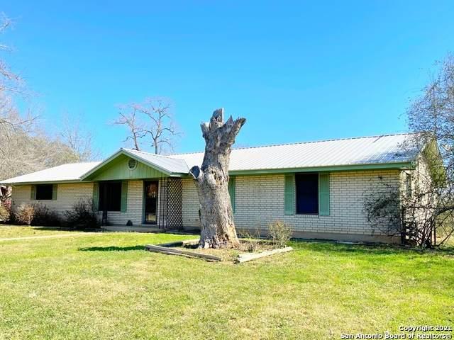 194 County Road 1629, Moore, TX 78057 (MLS #1509773) :: Vivid Realty