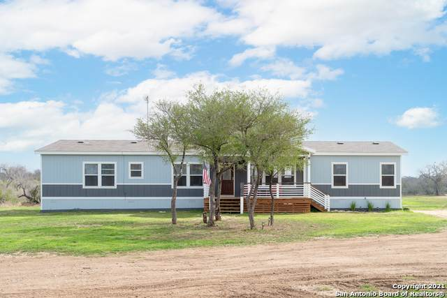 1950 Strawberry City Road, Poteet, TX 78065 (MLS #1509783) :: The Real Estate Jesus Team