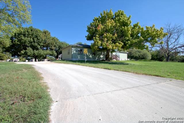 1045 Ferryboat Ln, New Braunfels, TX 78130 (MLS #1509986) :: Vivid Realty